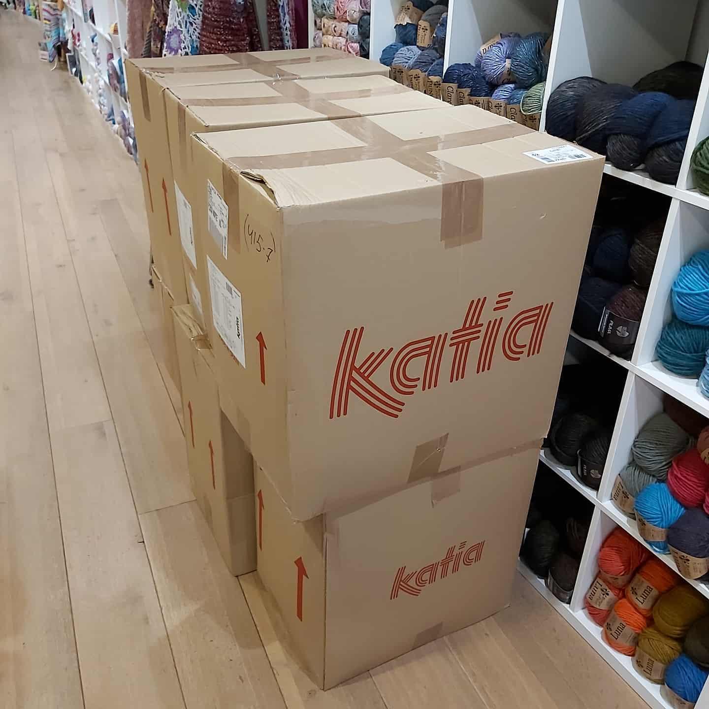 Twee Steekjes Los Nieuw Zomergaren Katia
