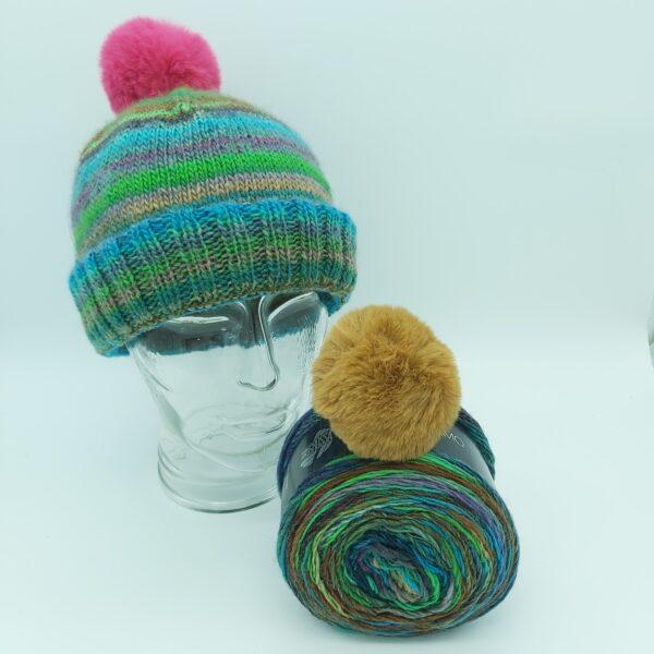 Pakket Double-Thick Cuff Hat Lana Grossa Colorissimo 004 met beige pompon