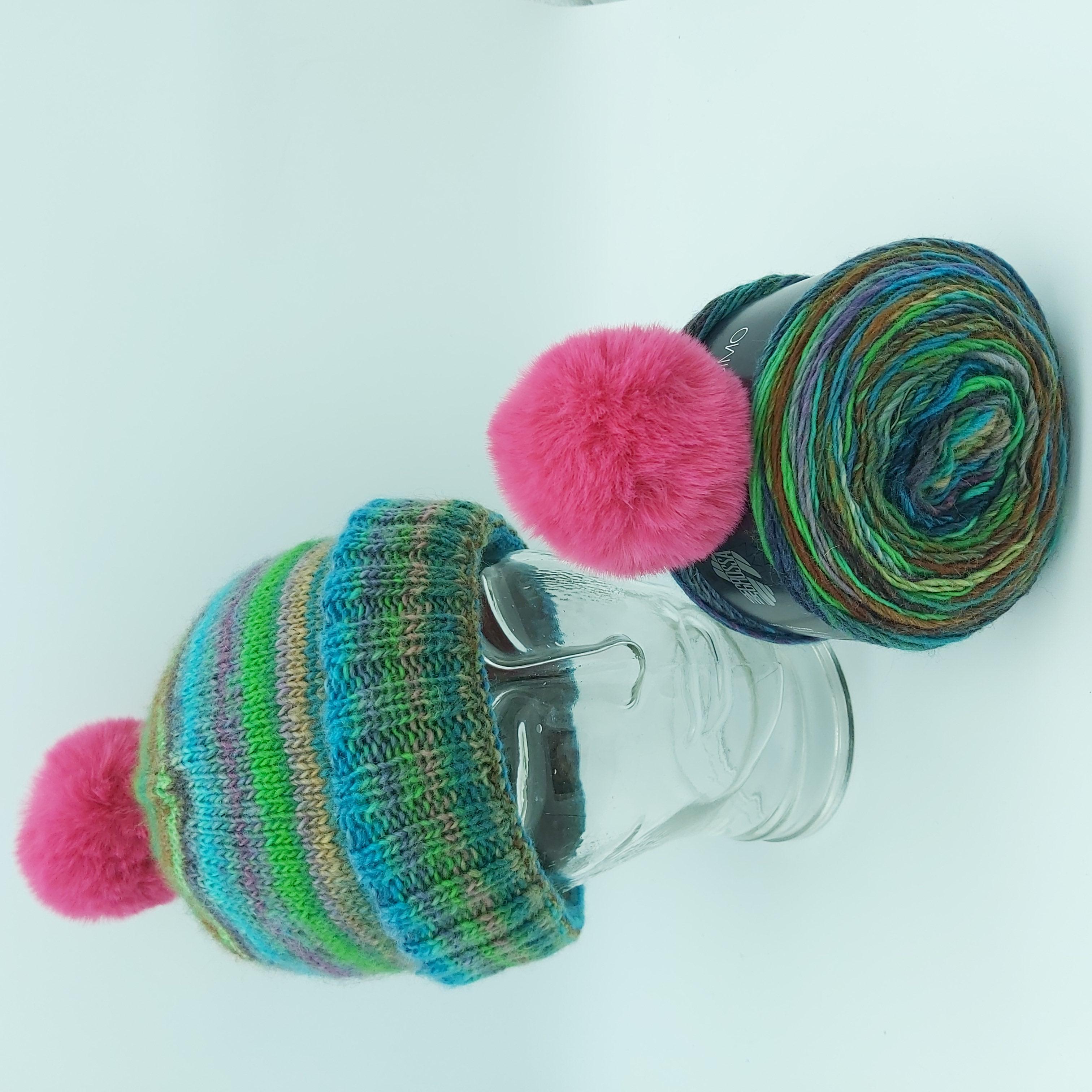 Pakket Double-Thick Cuff Hat Lana Grossa Colorissimo 004 met roze pompon